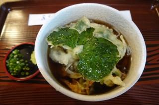 うつろぎのそば山葵の葉の天ぷら
