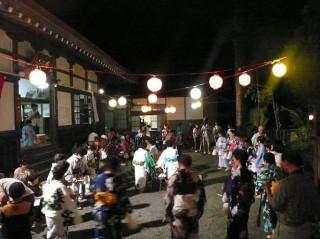 国指定重要無形民俗文化財「有東木の盆踊り」
