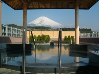 裾野ヘルシーパーク露天風呂からの富士山