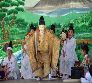 三番叟の伝統芸能