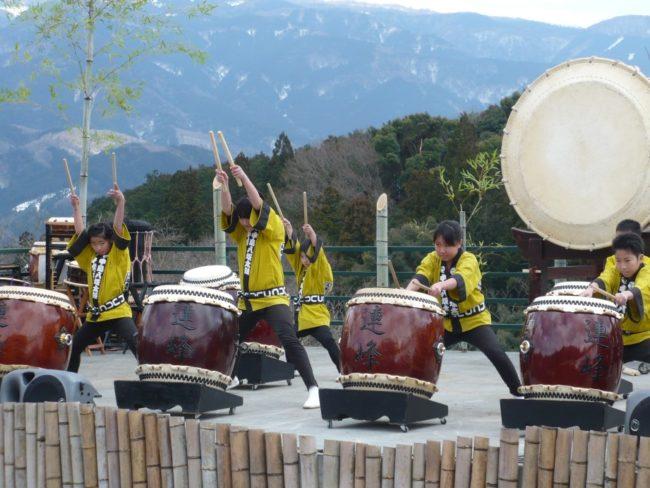 伊豆月ヶ瀬梅林祭り