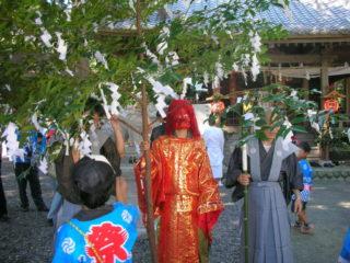 神座大井神社祭典